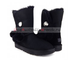 UGG BAILEY BUTTON POM BLACK