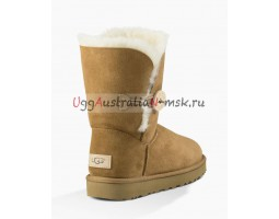 UGG BAILEY BUTTON SHORT II CHESTNUT