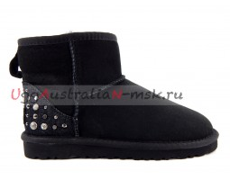 UGG WRITE A REVIEW BLACK