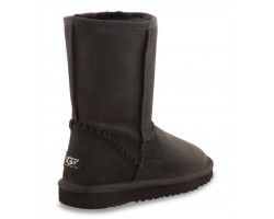 UGG CLASSIC SHORT LEATHER BLACK