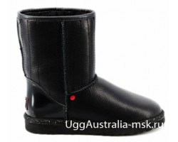 UGG SHORT STAR WARS BLACK