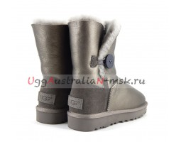 UGG BAILEY BUTTON SHORT II METALLIC PEWTER