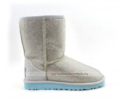 UGG CLASSIC SHORT MIDDLE CYLINDER CLOUD AND WHITE