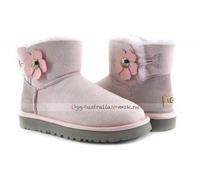 UGG MINI BAILEY BUTTON POPPY BOOT LAVENDER FOG